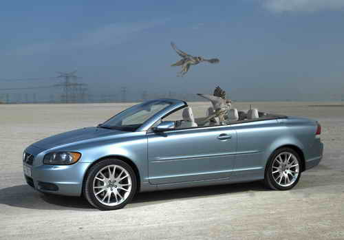 Convertible Volvo C70 as 15 Millionth Volvo Cars